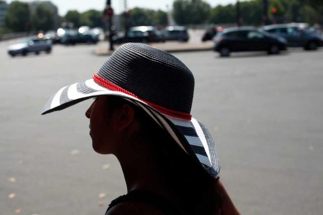 Les femmes en France doivent composer avecun harcèlement... (PHOTO THIBAULT CAMUS, ARCHIVES AP)