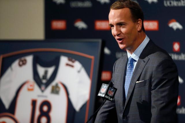 Peyton Manning a annoncé sa retraitelors d'une conférence... (Photo David Zalubowski, AP)