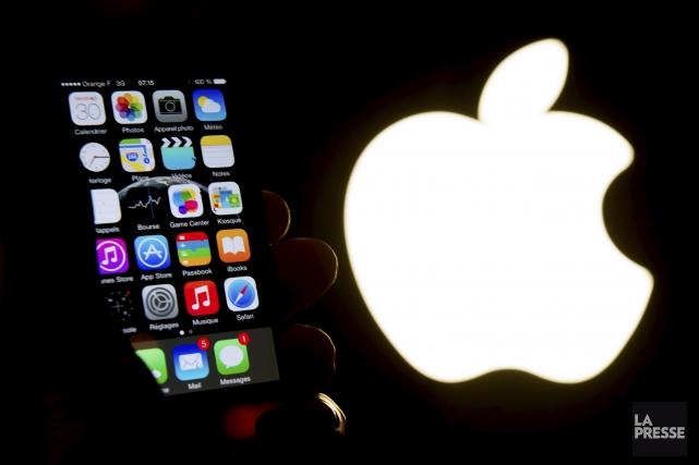 Le groupe informatique américain Apple a annoncé jeudi avoir vendu plus d'un... (Archives, Agence France-Presse)