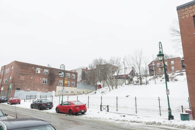 Des bâtiments sont abandonnés depuis des années à Sherbrooke. Pourquoi? Que... (Spectre Média, Frédéric Côté)