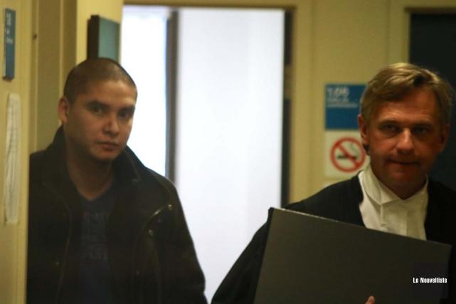 Alain Bellemare (à gauche) connaîtra sa sentence le... (Audrey Tremblay, Le Nouvelliste)
