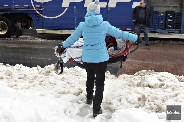 Le déneigement des derniers jours dans les rues de Québec a fait l'unanimité :... (Le Soleil, Patrice Laroche)
