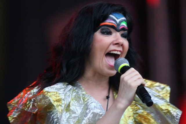 Björk a publié sur sa page Facebook un billet d'humeur fustigeant le sexisme de... (ARCHIVES AFP)
