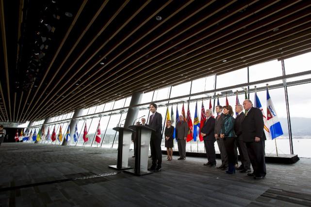 À l'issue d'une rencontre avec les premiers ministres... (PHOTO BEN NELMS, REUTERS)