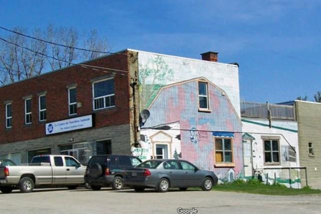 Les pompiers sont intervenus au centre-ville de Sherbrooke, au tout début de la... (Photo tirée de Google map)