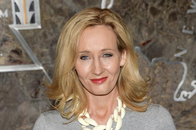 J.K. Rowlinga lancé, lundi, une nouvelle série intitulée... (Archives Associated Press)
