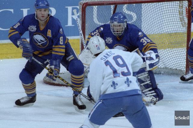 ÉDITORIAL / Lerêve de voir une équipe de la Ligue nationale de hockey... (Photothèque Le Soleil)