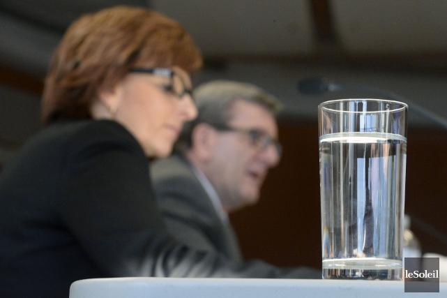 Le règlement sur la protection des sources d'eau... (Le Soleil, Jean-Marie Villeneuve)