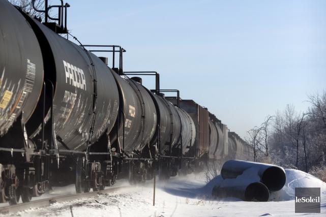 Plus risqué que les oléoducs, le transport par train? La croyance populaire... (Photothèque Le Soleil)
