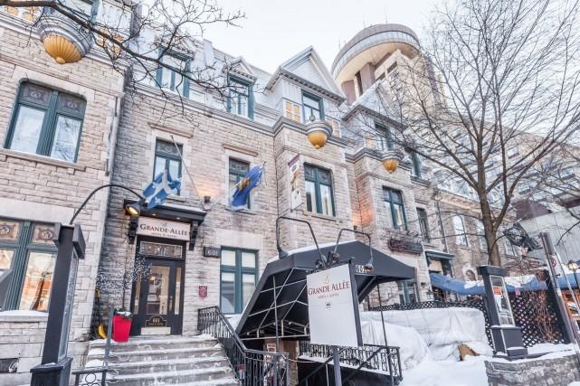 La façade du Grande Allée Hôtel et Suites.... (PHOTO FOURNIE PAR GRANDE ALLÉE HÔTEL ET SUITES)