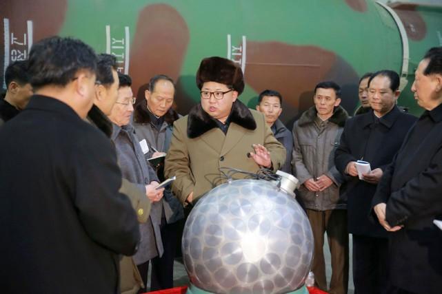 Rodong Sinmum, journal du parti unique au pouvoir,... (PHOTO AFP/KCNA)