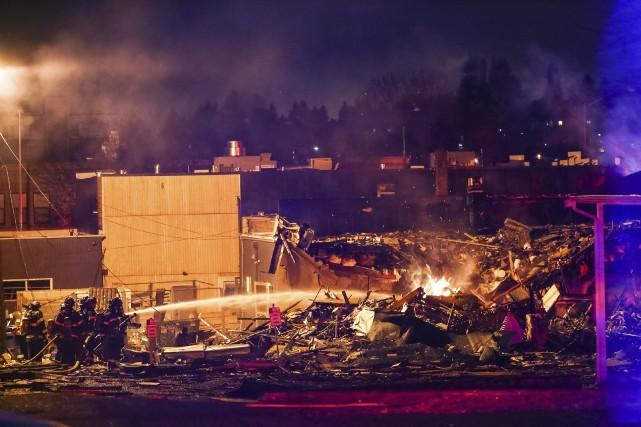 L'explosion s'est produite dans le quartier de Greenwood... (Photo Genna Martin/seattlepi.com via AP)