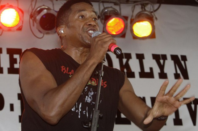 Q-Tip... (PHOTO ARCHIVES AP)