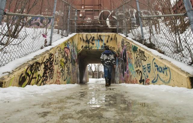 La sécurité dans ce tunnel reliant les parcs... (Spectre Média, Jessica Garneau)