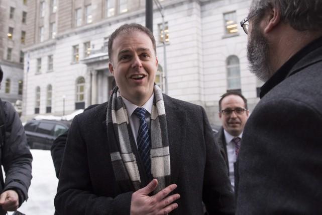Le président de Pétrolia, Alexandre Gagnon, arrive pour... (La Presse Canadienne, Jacques Boissinot)