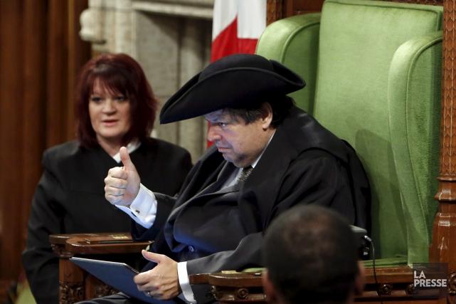Mauril Bélanger a pu réaliser son rêve de... (La Presse Canadienne)