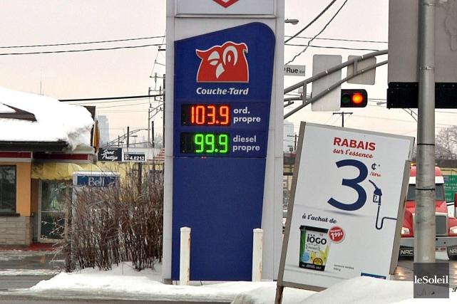 Plusieurs stations d'essence des régions de Québec et... (Le Soleil, Pascal Ratthé)