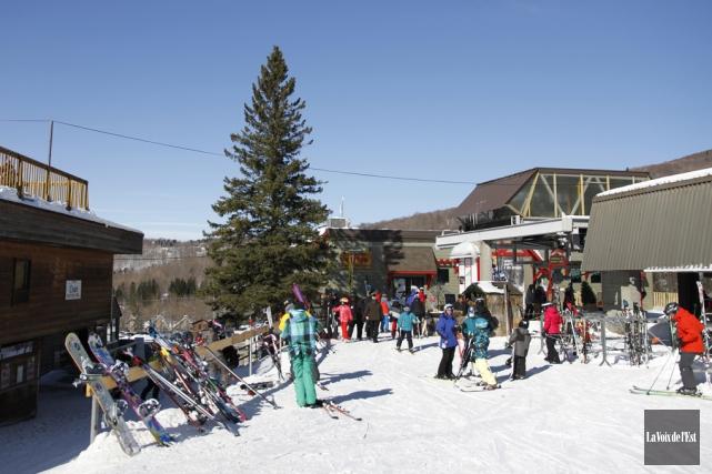 La station de ski Mont Sutton est désormais... (Julie Catudal, archives La Voix de l'Est)