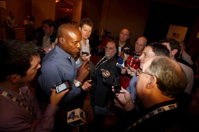Carl Lewis, l'ex-roi de l'athlétisme, n'est pas tendre... (AFP, Todd Warshaw)