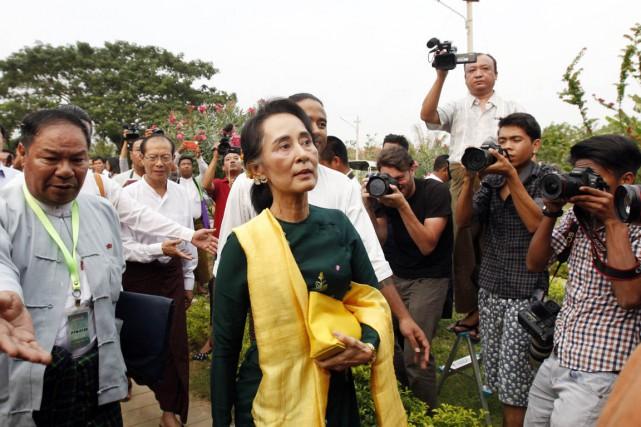 Aung San Suu Kyi, elle-même députée, n'a pas... (PHOTO AUNG SHINE OO, AP)