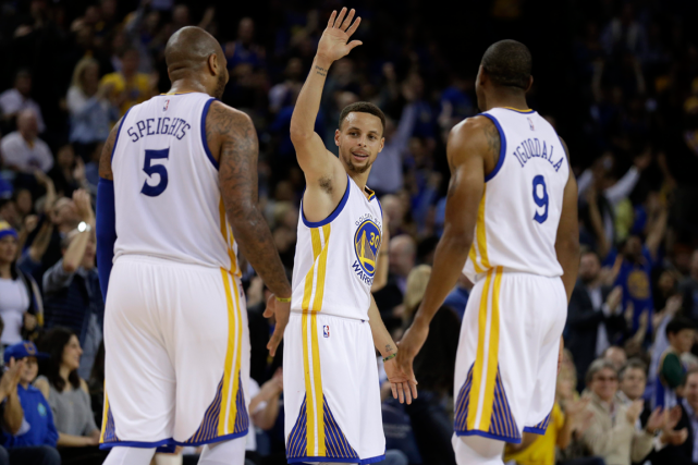 Les Warriors de Golden State n'ont pas perdu... (Photo Ben Margot, AP)