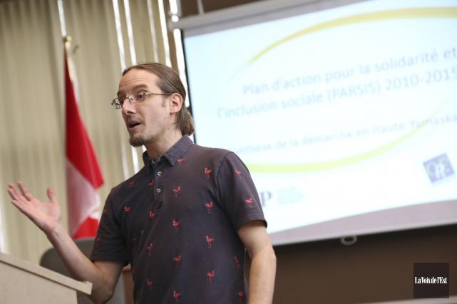 Nicolas Luppens, coordonnateur du GASP, a présenté mercredi... (Janick Marois, La Voix de l'Est)