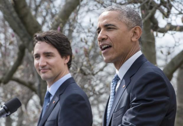 Barack Obama en compagnie de Justin Trudeaulors d'une... (La Presse Canadienne, Paul Chiasson)