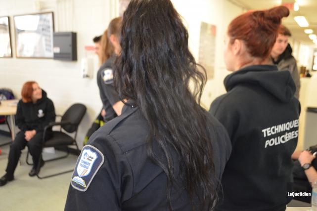 Alex Pagé, un étudiant de troisième année en techniques policières au Collège... (Archives Le Quotidien, Laura Lévesque)