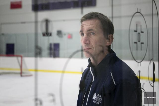 L'entraîneur Stéphan Lebeau et sa troupe ont terminé... (Archives, La Tribune)