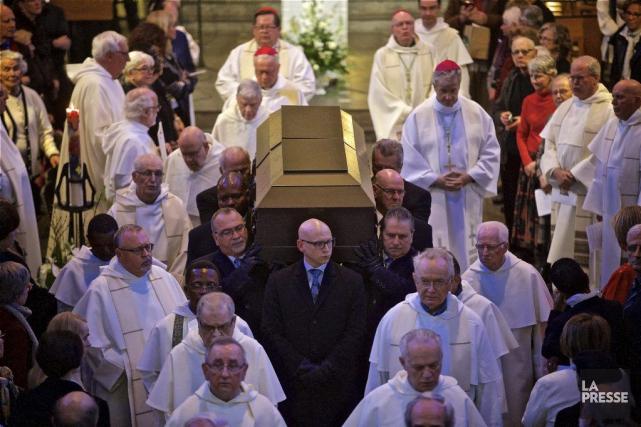 Les funérailles du père Benoît Lacroix, un des plus illustres intellectuels... (PHOTO ANDRÉ PICHETTE, LA PRESSE)