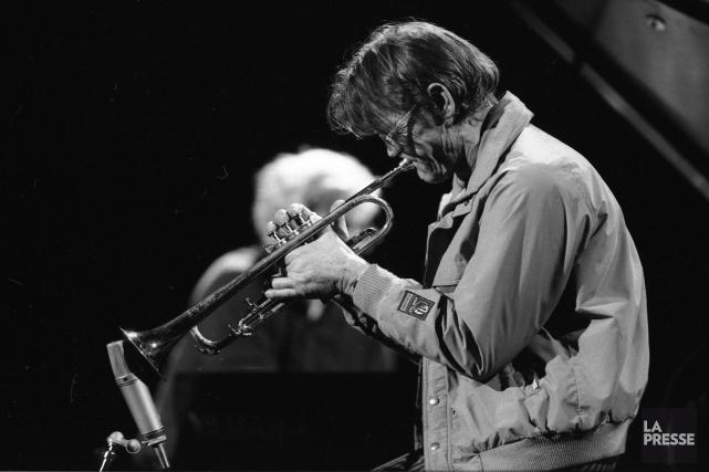 Le 3 juillet 1986, le trompettiste Chet Baker... (PHOTO BERNARD BRAULT, ARCHIVES LA PRESSE)
