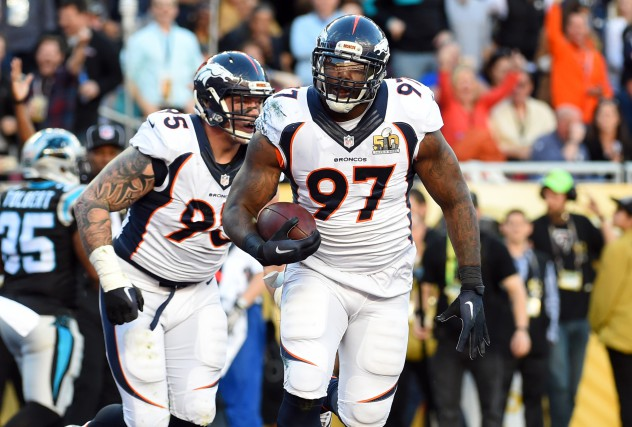 Les Jaguars ont convaincu Malik Jackson de s'amener... (photo Robert Deutsch, archives USA TODAY Sports)