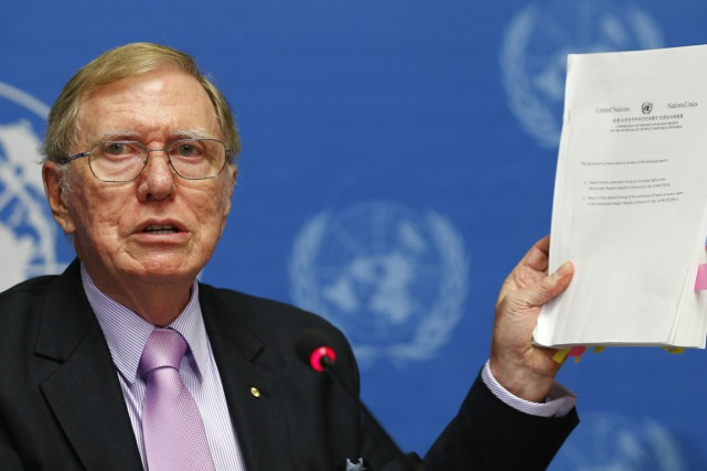 Michael Kirby, l'ancien président de la commission d'enquête... (Photo Salvatore Di Nolfi, archives AP)