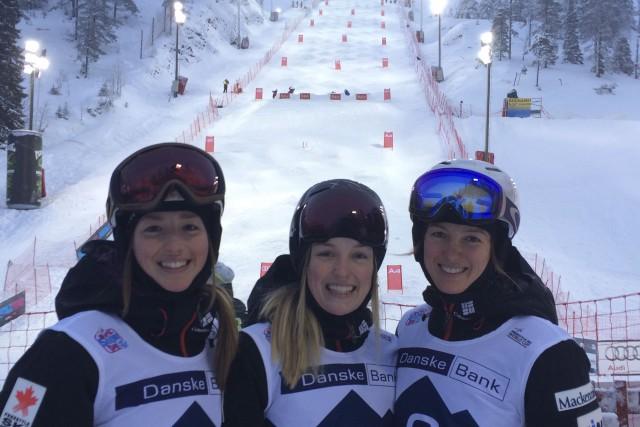 Chloé, Justine et Maxime Dufour-Lapointe.... (Courtoisie Ski acrobatique Canada)