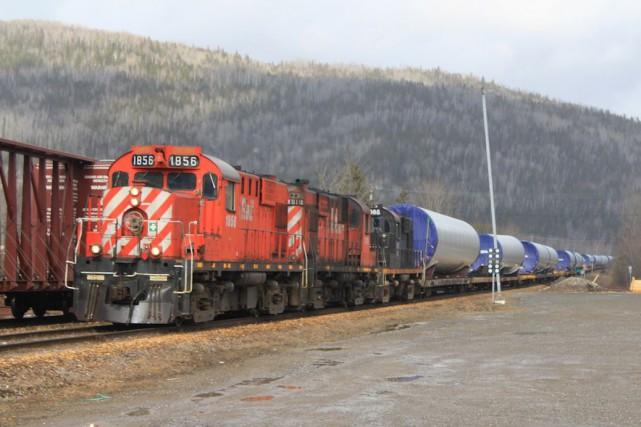 Le chemin de fer joue un rôle important... (Collaboration spéciale Gilles Gagné)