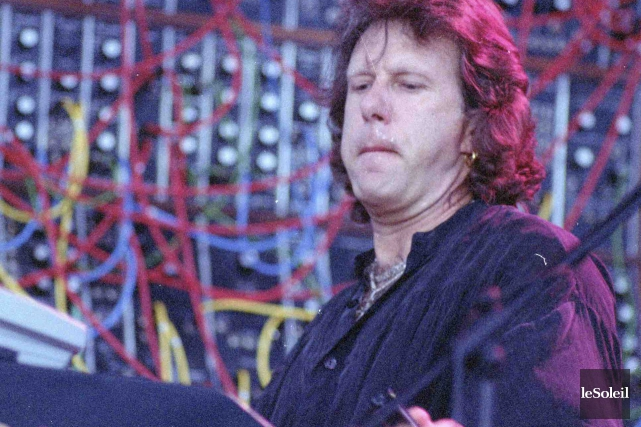 Keith Emerson lors du spectacle d'Emerson, Lake and... (Archives Le Soleil)