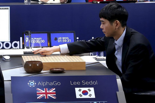 Le champion mondial du go, Lee Se-Dol, lors... (PHOTO FOURNIE PAR GOOGLE DEEPMIND)