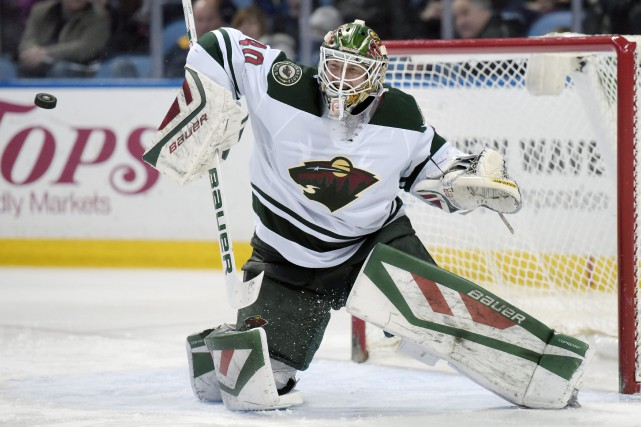 Le gardien Devan Dubnyk sera devant le filet... (PHOTO GARY WIEPERT, ARCHIVES ASSOCIATED PRESS)