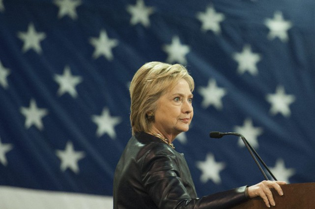 Malgré son ton plus tranchant, Hillary Clinton n'a... (PHOTO MICHAEL B. THOMAS, AFP)