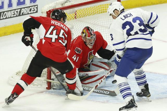 Vendredi, Dave Cameron a pris la décision d'annuler une journée de congé qui... (Photo La Presse Canadienne)