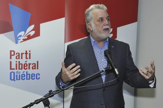 Le premier ministre Philippe Couillard a assuré que... (Photo Le Progrès-Dimanche, Rocket Lavoie)