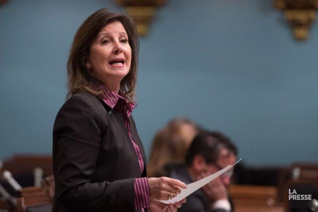 Accusant le ministre Gaétan Barrette de harcèlement et... (Archives La Presse Canadienne)