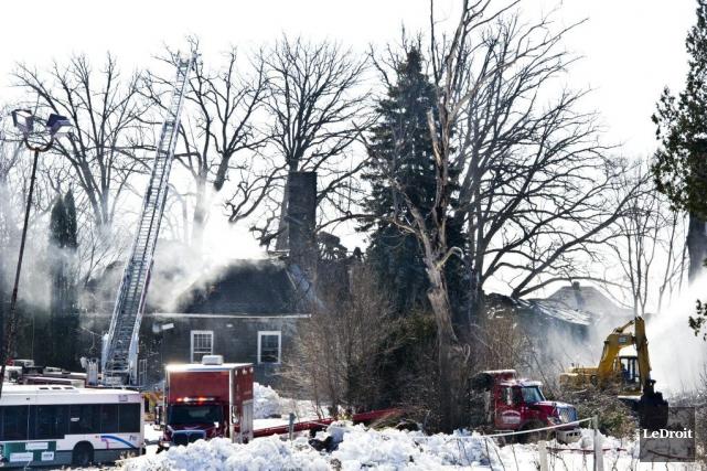 Les pompiers de Gatineau étaient toujours au travail,... (Martin Roy, LeDroit)