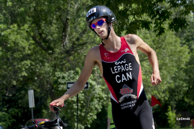 Le triathlète Alexis Lepage.... (Martin Roy, archives LeDroit)