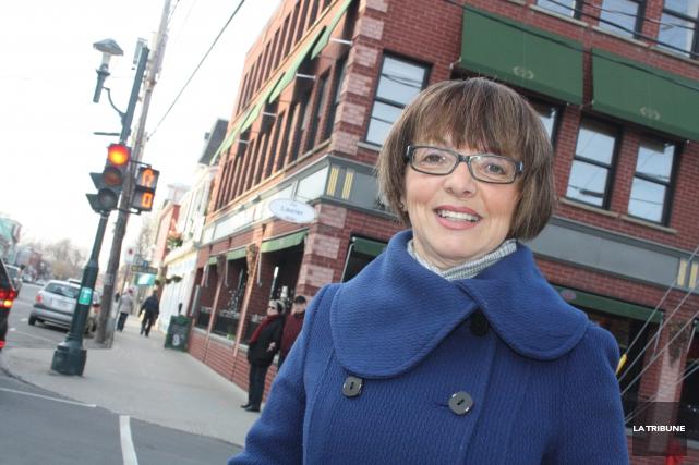 La conseillère Diane Pelletier propose d'explorer la voie... (Archives La Tribune, Jean-François Gagnon)