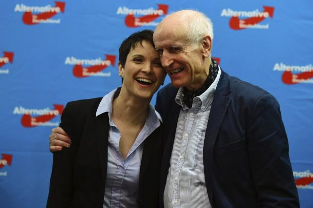 Frauke Petry, présidente de l'Alternative pour l'Allemagne et... (AFP, John MacDougall)