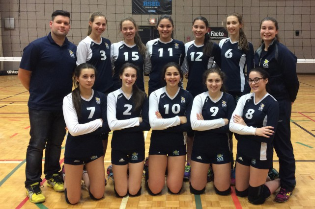 L'équipe U15 du Club de volleyball Saguenay a... (Photo courtoisie)