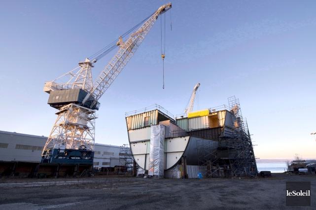 L'un des navires Cecon en chantier à Lévis... (Photothèque Le Soleil)