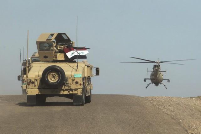 L'armée irakienne déployée dans le désert d'al-Anbar.... (Photo Ahmad Al-Rubaye, archives Agence France-Presse)