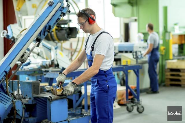 Le secteur manufacturier québécois constitue le deuxième moteur... (Photothèque Le Soleil)